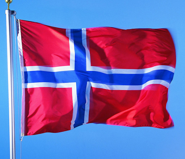 10 discos de Hard, Glam y Sleaze del siglo 21 - Página 2 Bandera-de-Noruega-1