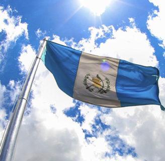 Bandera de Guatemala: Historia, juramento, poema, y más
