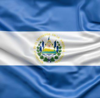 Bandera de El Salvador, conozca su creador, y simbología.